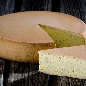 Der Gunzesrieder Rässkäs mit Kräuter Kräuterkäse Allgäuer Käse kaufen